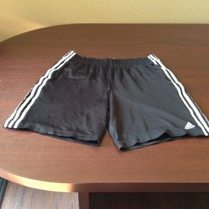 Gently Used adidas sport pockets short-316